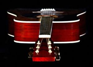 gitarre-akustisch-substanz